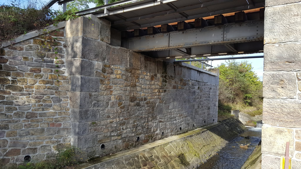 Březno u Ch. - Chomutov, sanace mostu v km 124,075