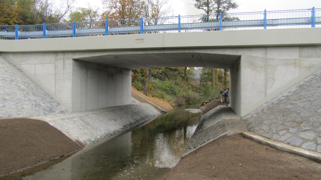 II/118 Chyňava, most ev.č. 118 – 038 přes potok za obcí Chyňava